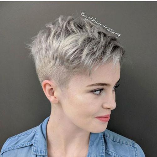 Blonde-Short-Hair Short Pixie Haircuts for Pretty Look