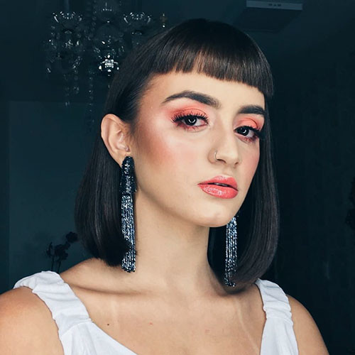 Blunt-Bob-Haircut-With-Bangs Populer Blunt Bob With Bangs 2019