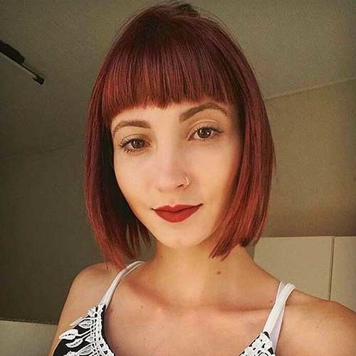 Blunt-Cut-1 Chic Short Hair Ideas with Bangs
