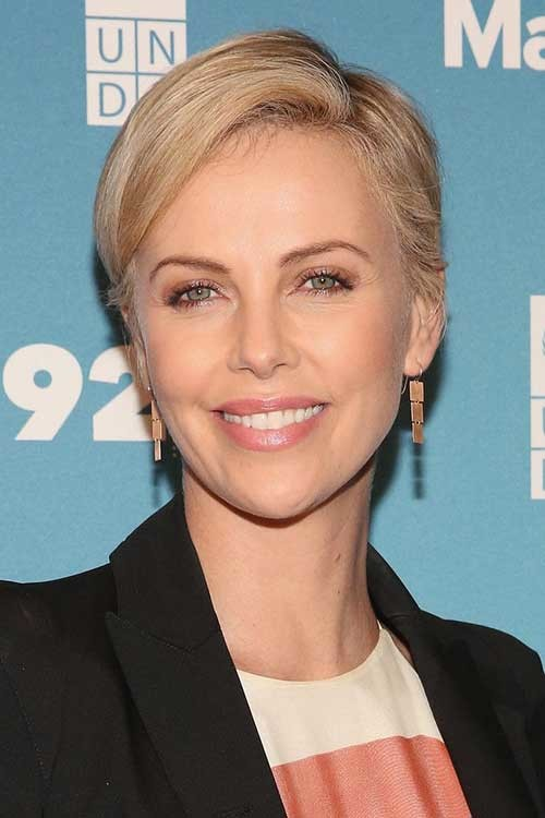 Charlize-Theron Short Haircut Pics for Straight Hair