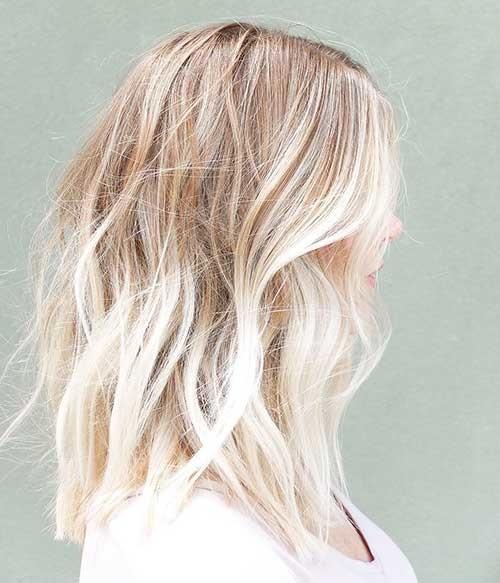 Cinnamon-Rooted-Blonde-Lob Striking Short Hair Ideas for Blondies