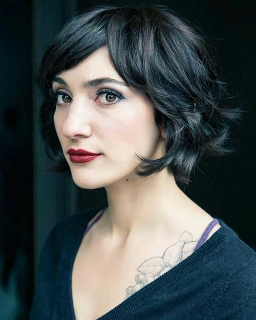 Dark-Short-Bob-with-Bangs Trending Style for Summer: Curly and Wavy Hairstyles