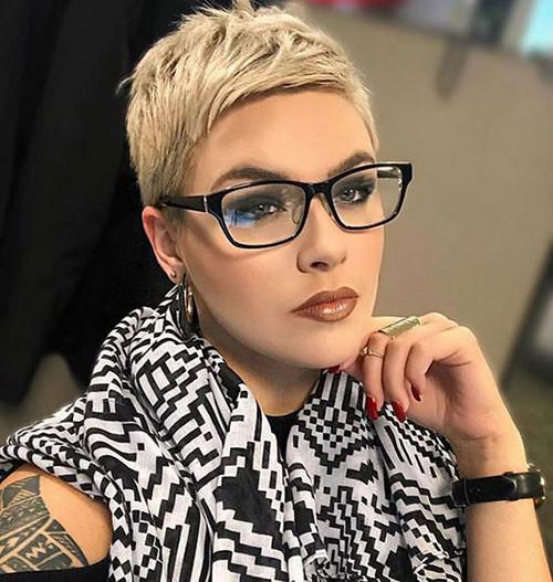 Fine-Pixie Best Pixie Cuts for Blonde Hair