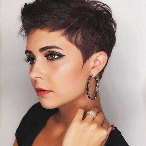 Hot-Short-Haircut-for-Ladies Sweet and Sexy Pixie Hairstyles for Women
