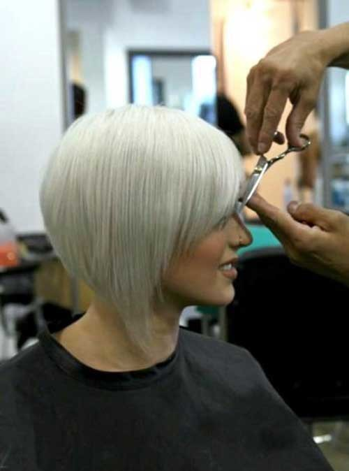 Inverted-Bob-3 Short Hairstyle Options for Fine Haired Ladies