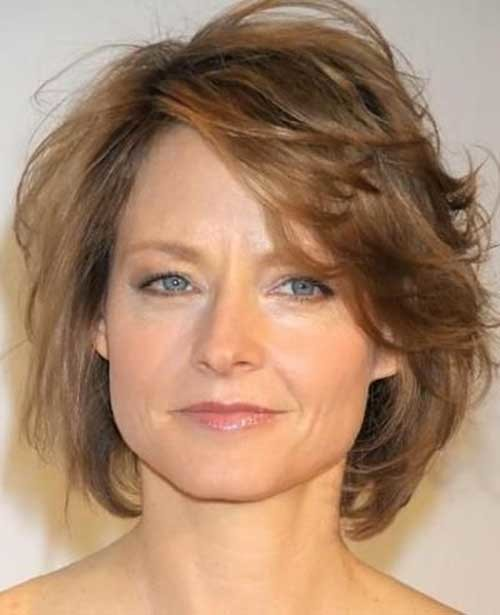 Light-Brown-Layered-Short-Hair-Style-for-Over-50 Short Hair Styles for Over 50