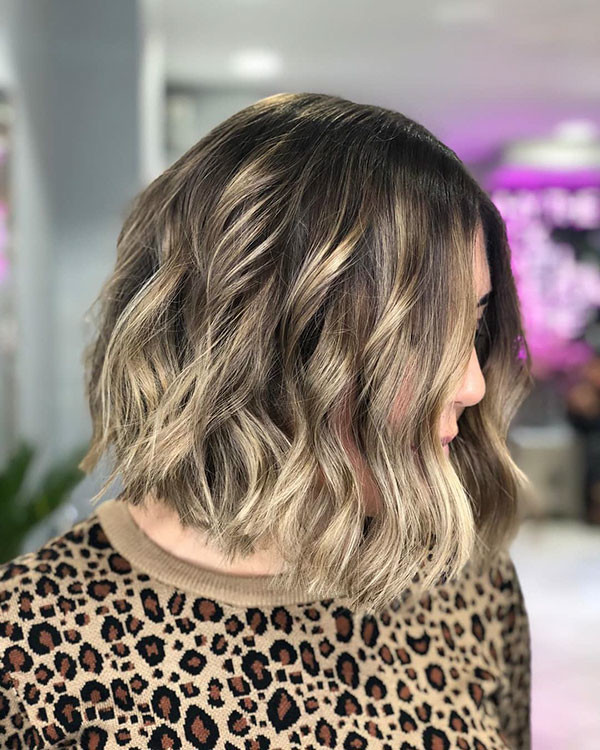 Ombre-Hairstyle New Short Wavy Hair Ideas in 2019