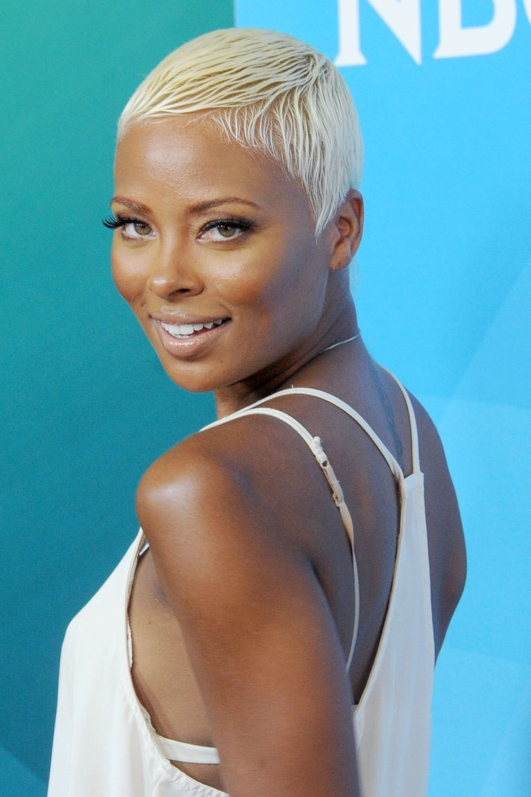 Platinum-Pixie Best Short Hairstyles for Black Women