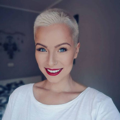 Shaved-Pixie-Style-1 Sweet and Sexy Pixie Hairstyles for Women