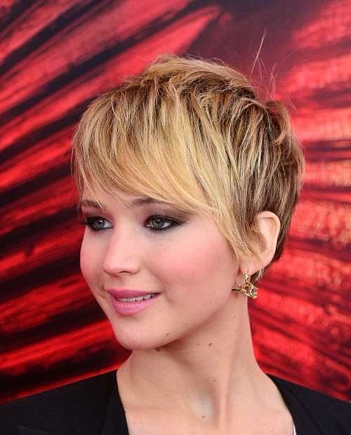 Short-Blonde-Pixie-Style Womens Short Hairstyles for Thin Hair