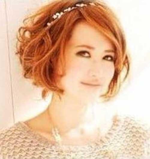 Short-Wavy-Red-Bob-Haircut-Idea-for-Round-Faces Short Wavy Hairstyles for Round Faces