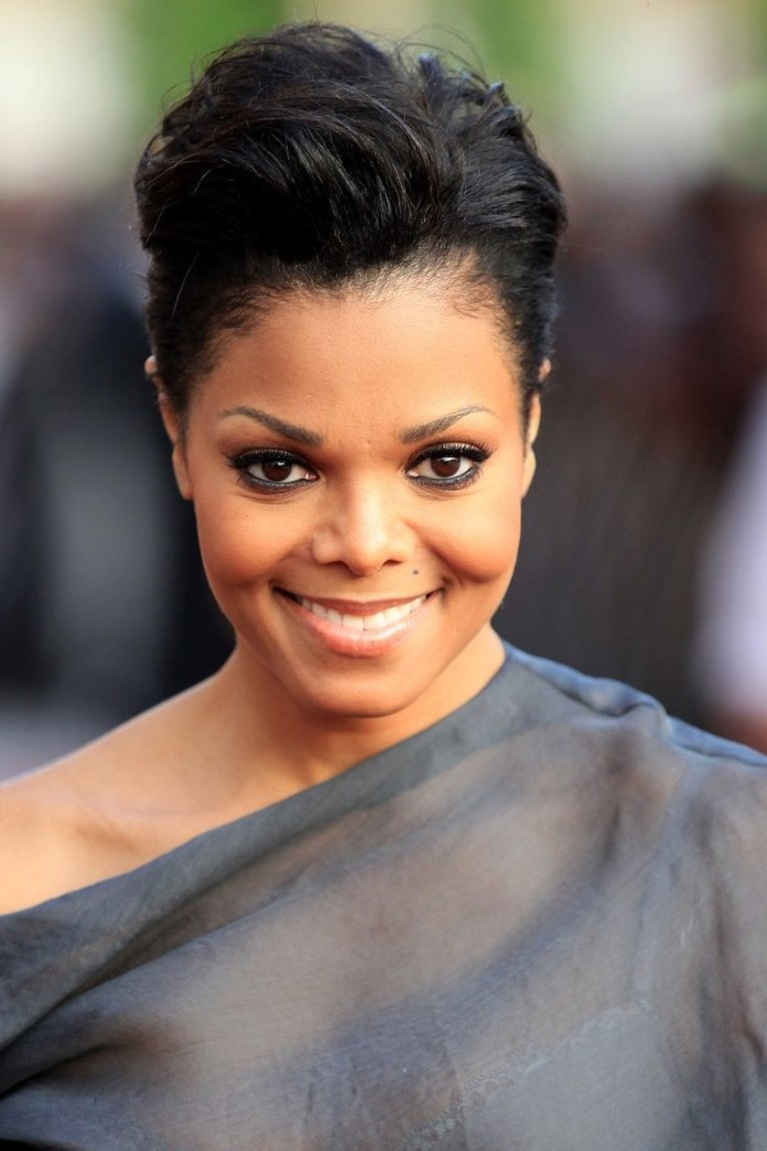 Short-with-Volume Best Short Hairstyles for Black Women