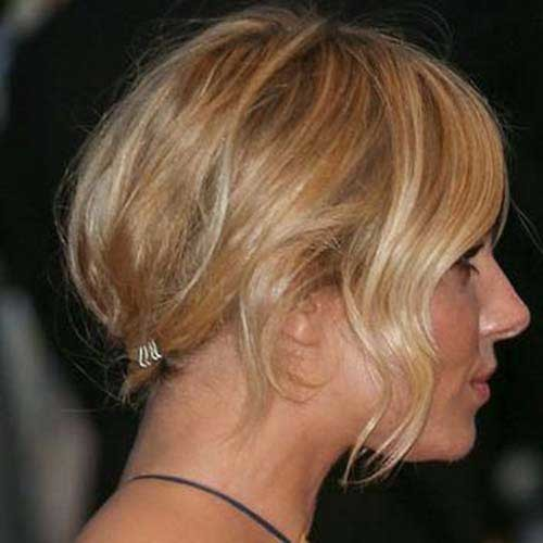 Sienna-Miller-Style Eye-Catching Short Hairstyles in 2019 for Wavy Hair