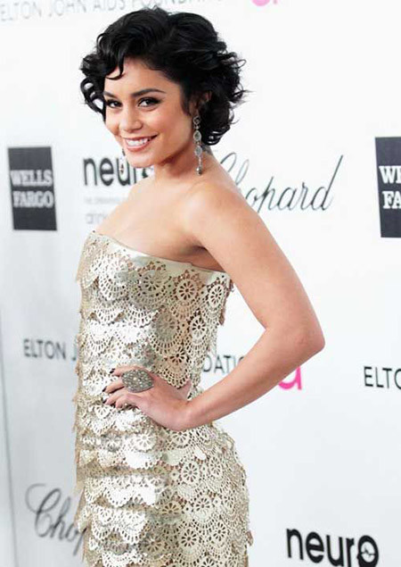 The-Charming-and-Lovely-Bob-Cut Cuts for Short Curly Hair