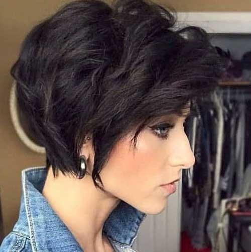 Thick-Wavy-Hair Flattering Layered Short Haircuts for Thick Hair