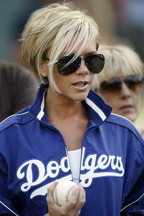 Victoria-Beckham-Blonde-Pixie-Hair Victoria Beckham Short Blonde Hair