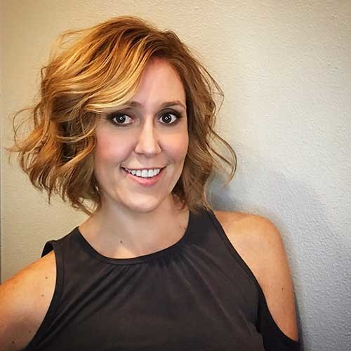 Warm-Melted-Butterscotch-Tones Most Magnetizing Hairstyles for Curly and Wavy Hair