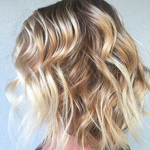 Wavy-Blonde-Bob-Hairstyle Trending Style for Summer: Curly and Wavy Hairstyles