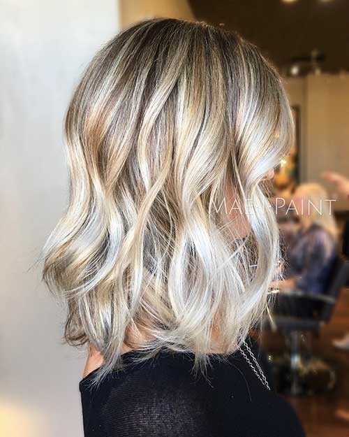 Wavy-Blonde-Lob-Hair Cool Short Hairstyles You Can Rock This Summer