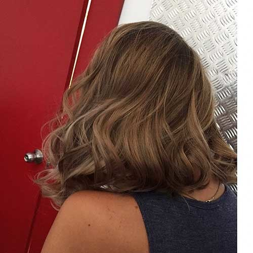 Wavy-Ends-for-Lob Cool Short Hairstyles You Can Rock This Summer