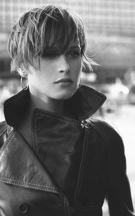 Wet-Look Trendy Haircuts for Short Hair