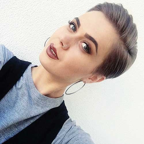 Winning-Look Nice Short Hairstyle Ideas for Teen Girls