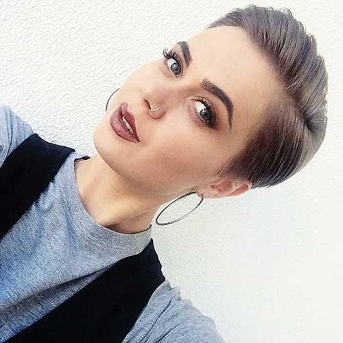 Winning-Look Nice Short Hairstyle Ideas for Teen Girls