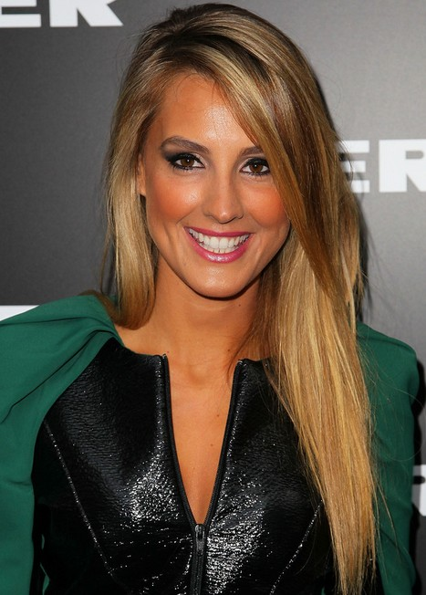 2014-Laura-Dundovic-Hairstyles-–-Long-Straight-Hair Top 100 Celebrity Hairstyles 2019