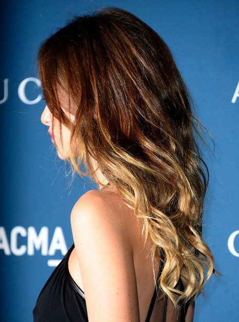 2014-Olivia-Wilde-Hairstyles-Ombre-Hairstyle-for-Long-Layered-Wavy-Hair Top 100 Celebrity Hairstyles 2019