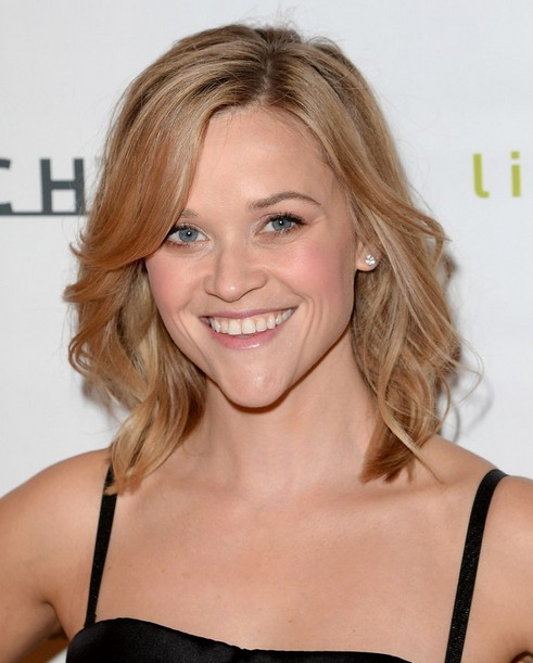 2014-Reese-Witherspoon-Hairstyles-Easy-Medium-Haircut Top 100 Celebrity Hairstyles 2019