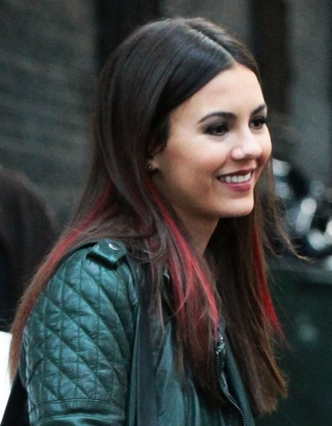 2014-Victoria-Justice-Hairstyles-–-Blunt-Long-Hair Top 100 Celebrity Hairstyles 2019