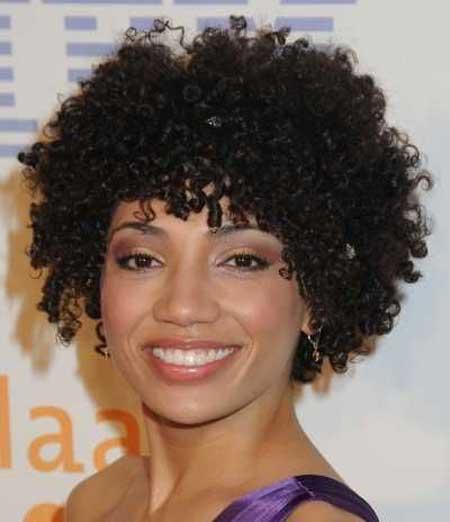 Beautiful-Short-Haircuts-for-Black-Women-6 Beautiful Short Haircuts for Black Women