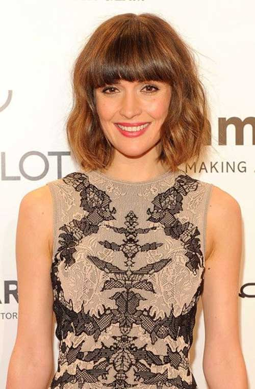 Brown-Colored-Wavy-Hairstyle-with-Bangs Short Wavy Hairstyles With Bangs