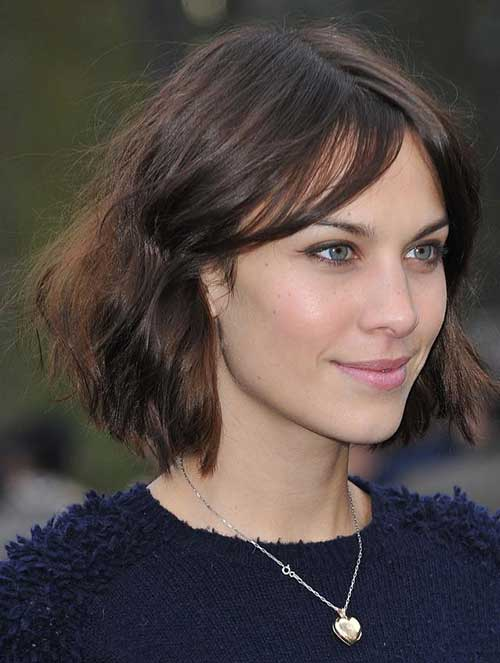 Brunette-Wavy-Bob-Hairstyle-with-Thin-Hair Brunette Bob Hairstyles 2019