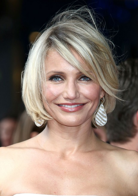 Cameron-Diaz-Short-Layered-Bob-Hairstyle-for-Women Popular Short Hairstyles for Women 2019