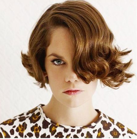 Charming-and-Unique-Flip-out-Bob-Hair-with-Awesome-Curls-and-Waves Best Bob Hairstyles 2019