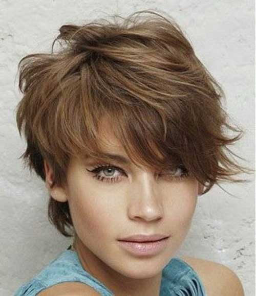 Choppy-Layered-Pixie Short Haircuts for Round Face Shape