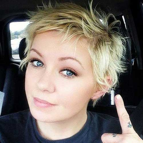Cute-Round-Face-Haircut Short Haircuts for Round Face Shape
