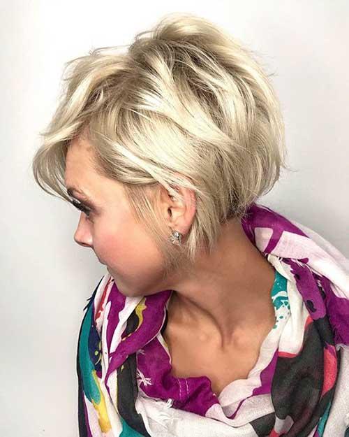 Fine-Short-Wavy-Hair Wavy Short Hair Styles for Chic Ladies
