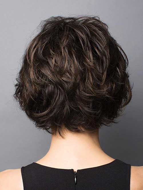Graduation-Layers Charming Short Brunette Hairstyles