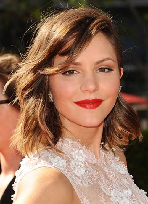 Katharine-Mcphee's-Shoulder-Length-Hairstyle-with-Bangs Short Wavy Hairstyles With Bangs