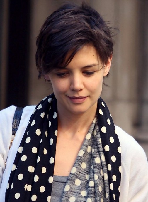 Katie-Holmes-Short-Pixie-Haircut Popular Short Hairstyles for Women 2019