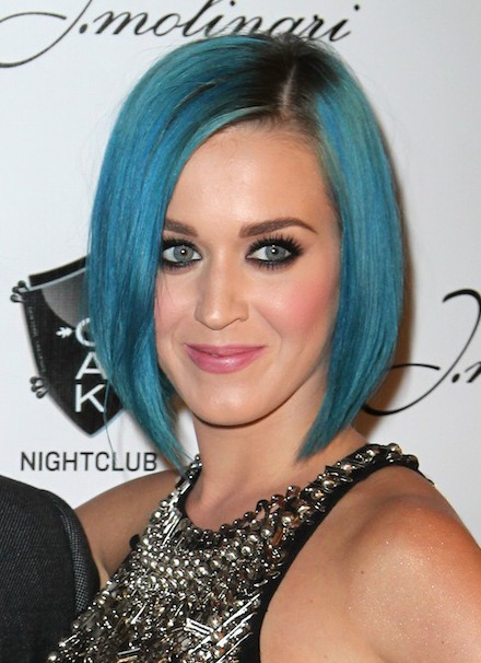 Katy-Perry-Short-Blue-A-line-Bob-Hairstyles Popular Short Hairstyles for Women 2019