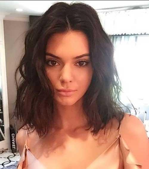 Kendall-Jenners-Textured-Waves-Lob Kendall Jenner Short Hair Pics