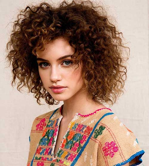 Lovely-Tight-Curls-for-Girls Short and Curly Hairstyles 2019