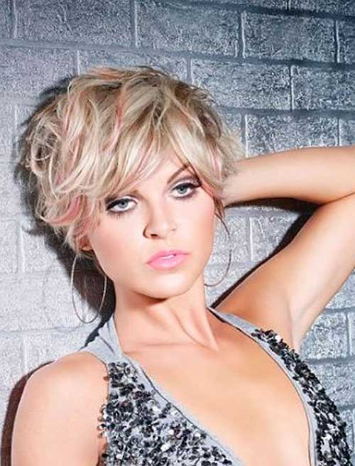 Messy-Wavy-Long-Pixie Short Haircuts for Round Face Shape