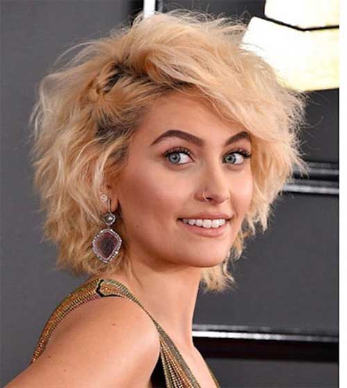 Messy-Wavy Latest Short Haircuts for Women - Short Hairstyle
