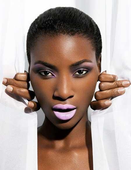 Short-Dark-Neat-Straight-Hairstyle Nice Short Haircuts for Black Women