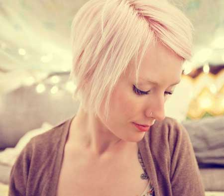 Short-Hairstyle-with-Longer-Bangs New Short Blonde Hairstyles