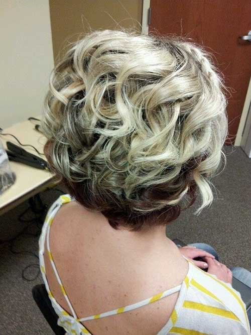 Short-Layered-Curly-Blonde-Hair-Idea Best Short Layered Curly Hair